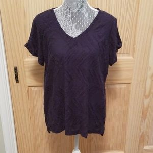 Peace & Pearl's navy blue top